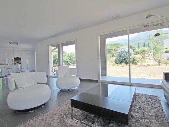Vente villa 4 pièces 144 m2