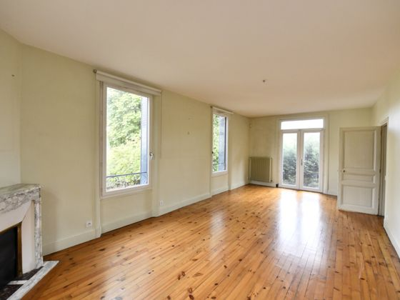 Vente maison 11 pièces 211 m2