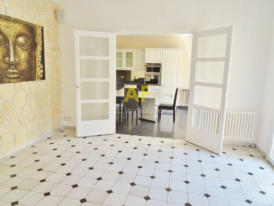 Vente maison 10 pièces 297 m2