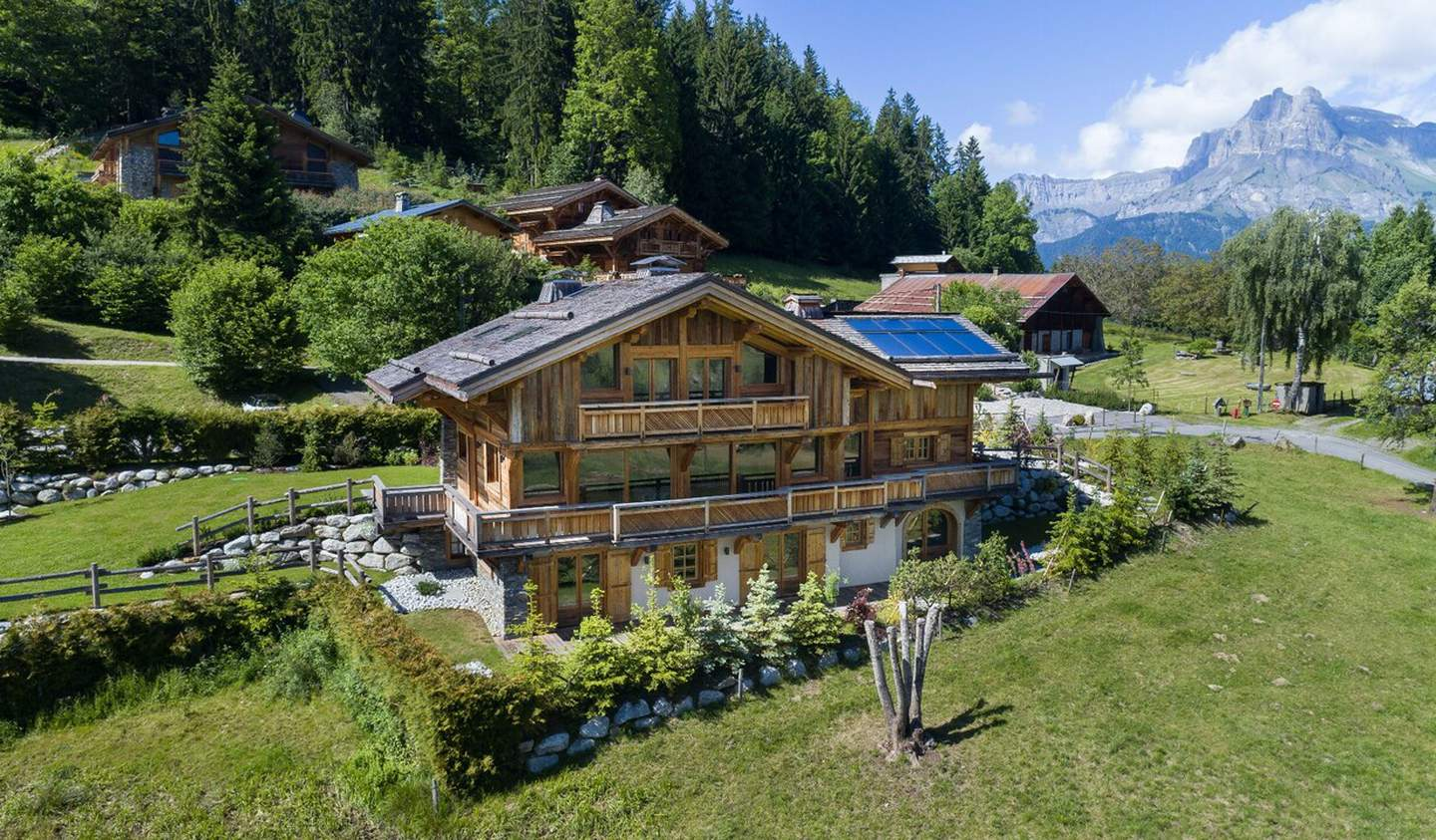 Chalet with terrace Combloux