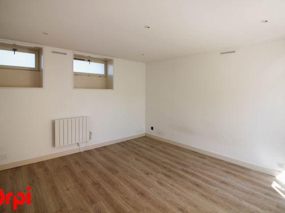 Location studio 34,86 m2