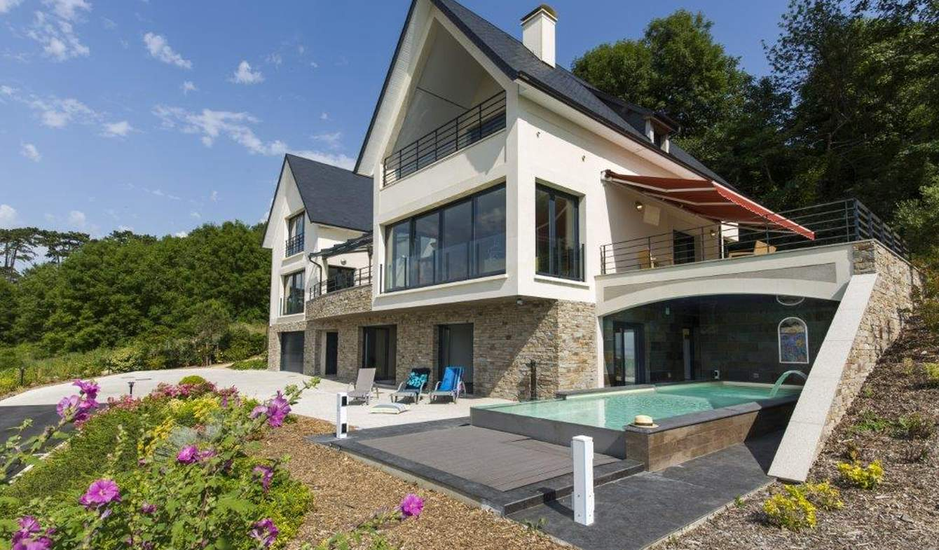 Seaside property with pool Deauville