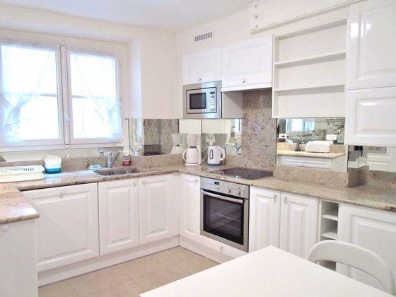 Location appartement meublé 7 pièces 112 m2