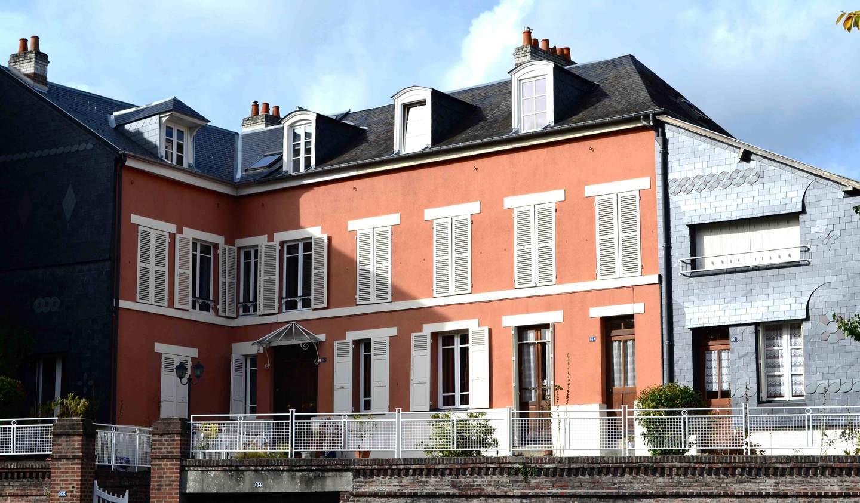 House with garden Lisieux