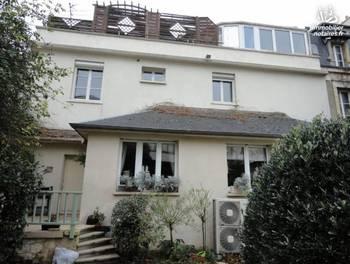 Maison 9 pièces 275 m2