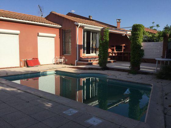 location Maison 4 pièces 120 m2 Istres