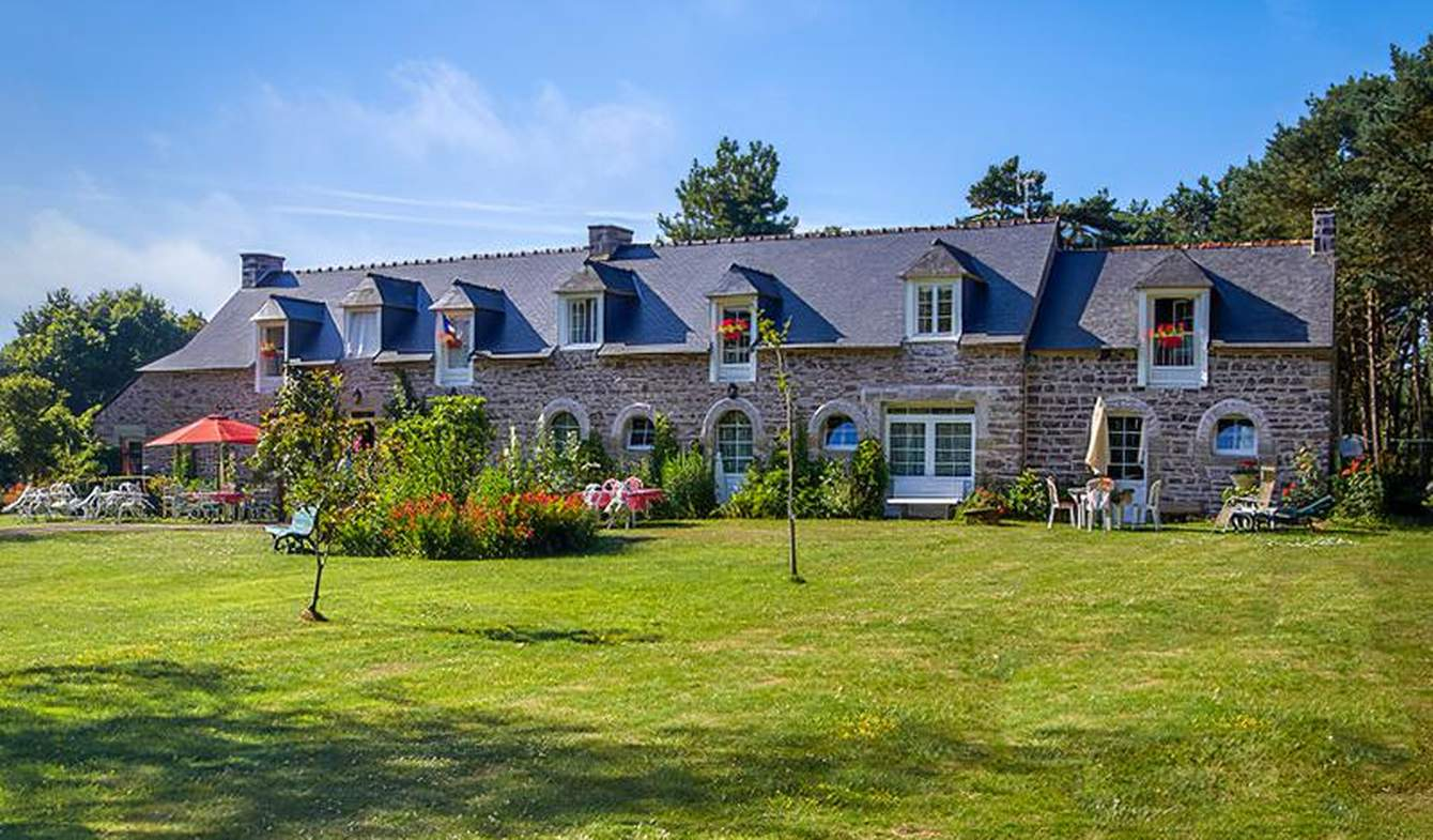 Maison avec jardin et terrasse Plévenon