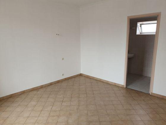 Location appartement 3 pièces 56,49 m2