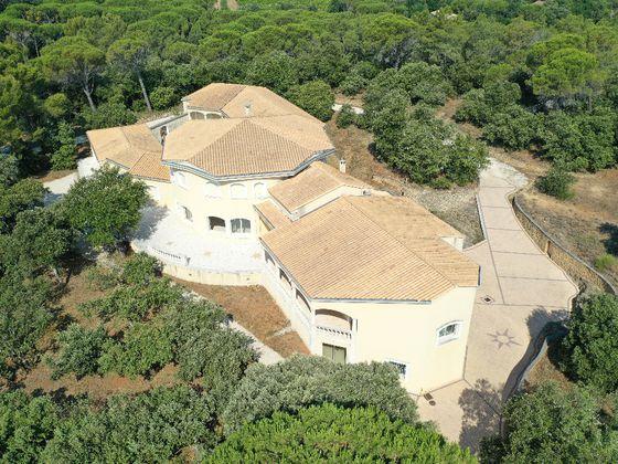 Vente maison 15 pièces 750 m2