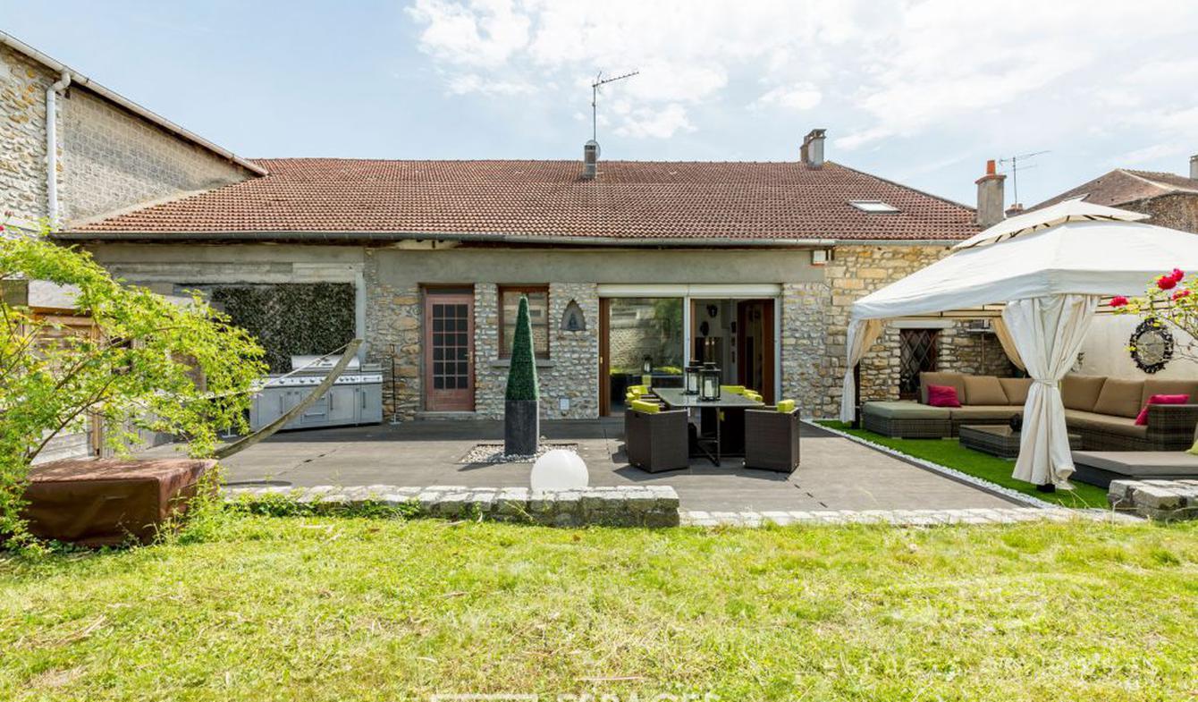 Maison avec terrasse Vert-Saint-Denis