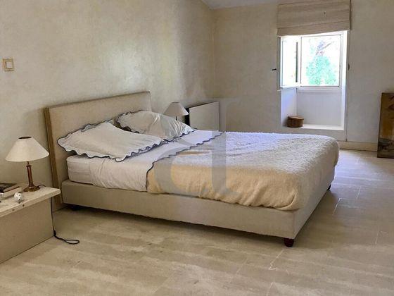 Vente maison 7 pièces 379 m2