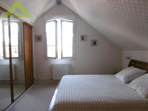 Vente propriété 7 pièces 227 m2