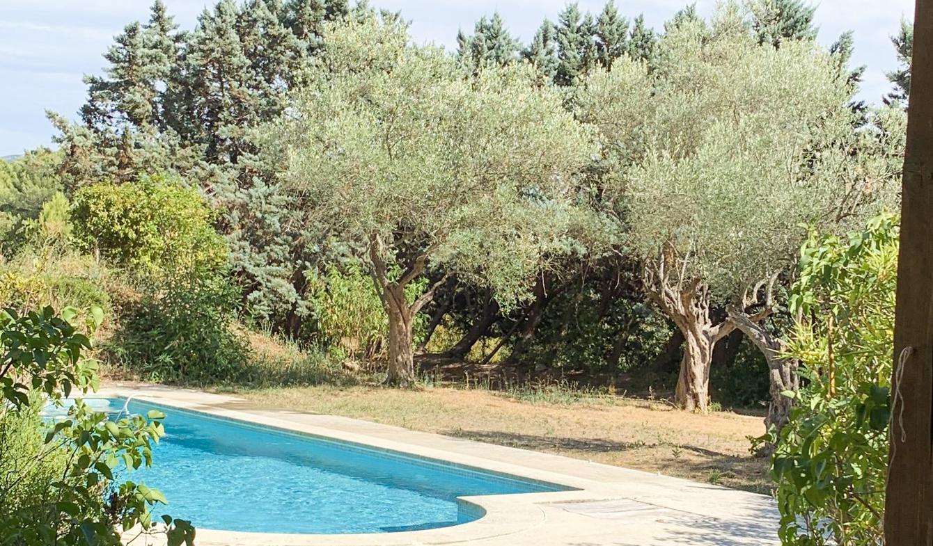 Maison avec piscine et terrasse Saint-Marc-Jaumegarde