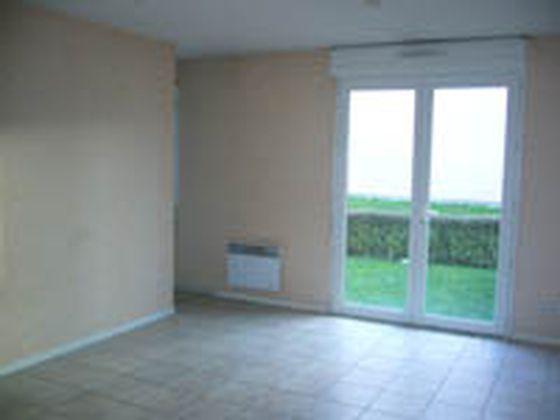 Location studio meublé 32 m2