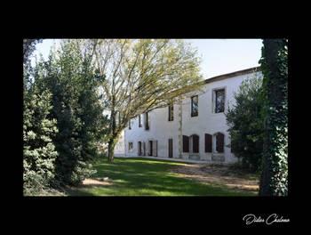 Château 20 pièces 1800 m2