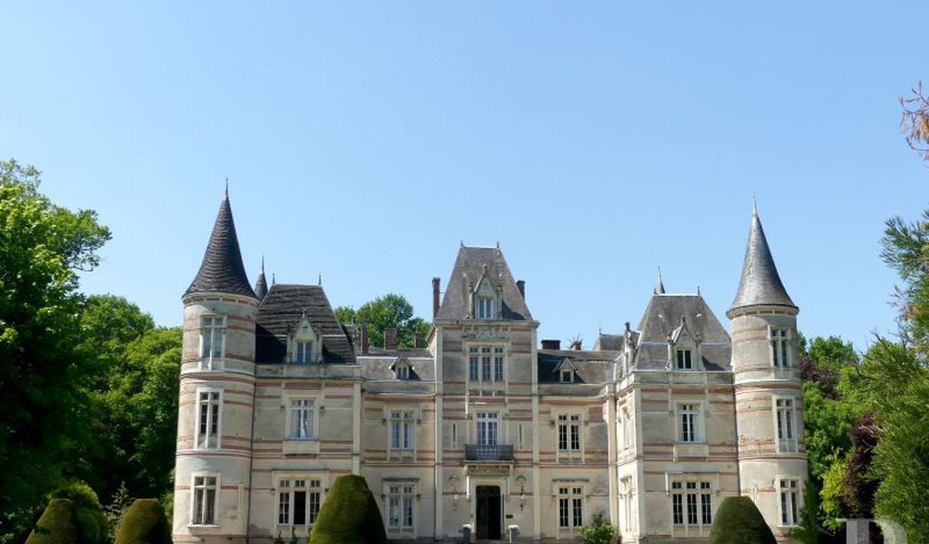 Château La Roche-sur-Yon
