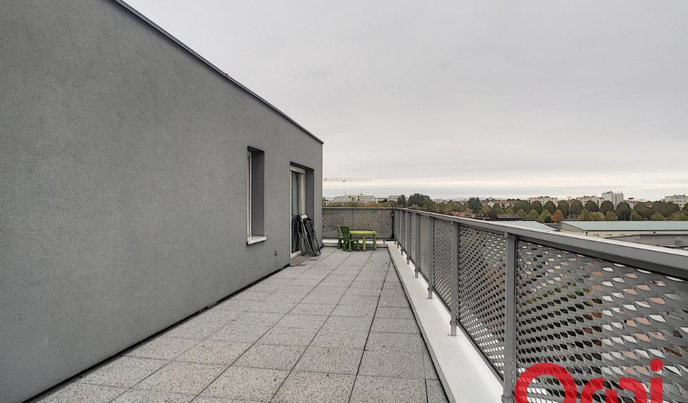 vente appartement de luxe strasbourg 85 m. Black Bedroom Furniture Sets. Home Design Ideas
