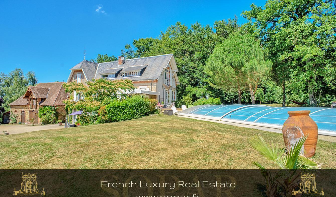 Maison avec piscine Saint-Jean-Ligoure