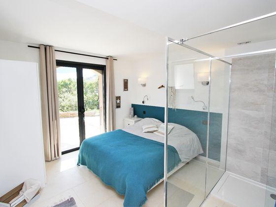 Vente villa 12 pièces 300 m2