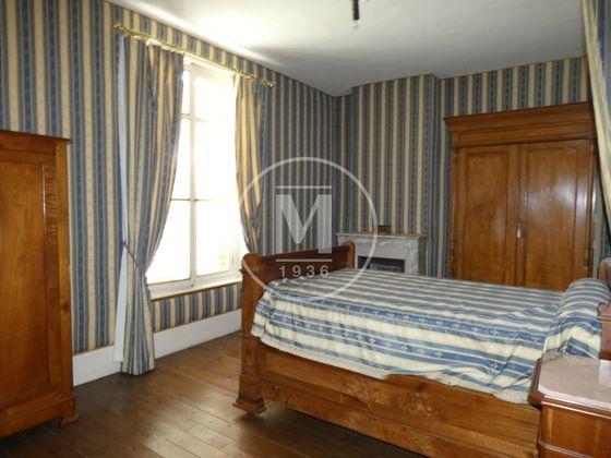 Vente maison 12 pièces 335 m2