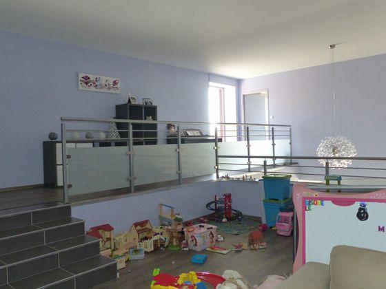 Vente propriété 10 pièces 220 m2