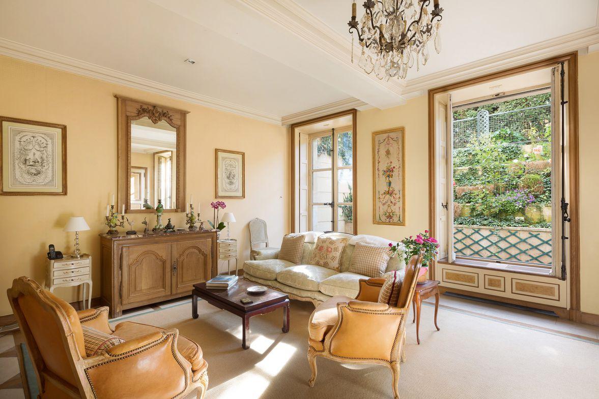 vente appartement de luxe paris 8 me 8 000 000 430 m. Black Bedroom Furniture Sets. Home Design Ideas