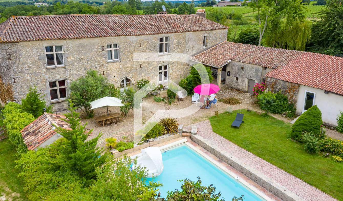 Maison avec piscine et terrasse Ruch