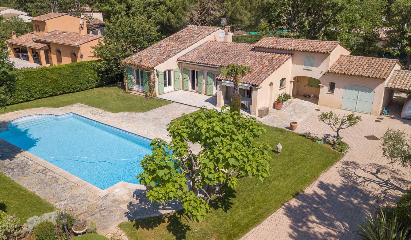 Villa avec piscine et terrasse Saint-Cézaire-sur-Siagne