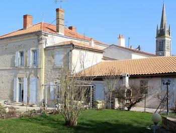 Maison 15 pièces 496 m2