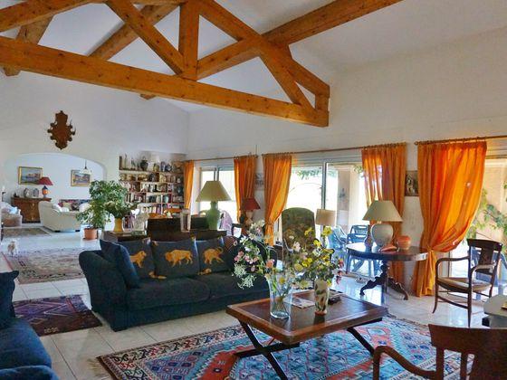 Vente villa 7 pièces 310 m2