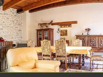 Maison 6 pièces 236 m2