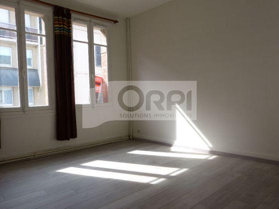 Location studio 24,71 m2