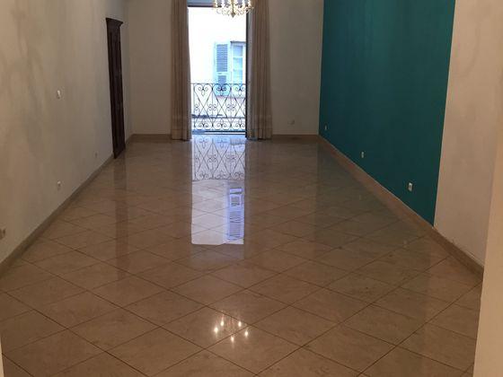 Location divers 1 pièce 48,35 m2