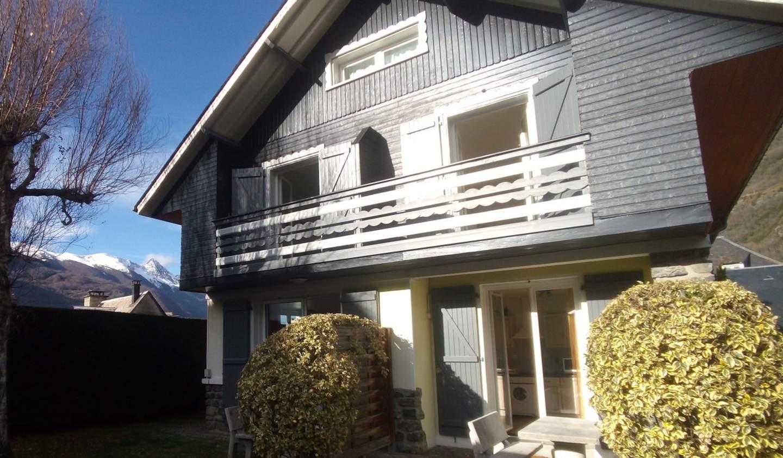 House Luz-Saint-Sauveur