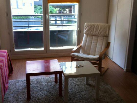 Location studio meublé 26 m2