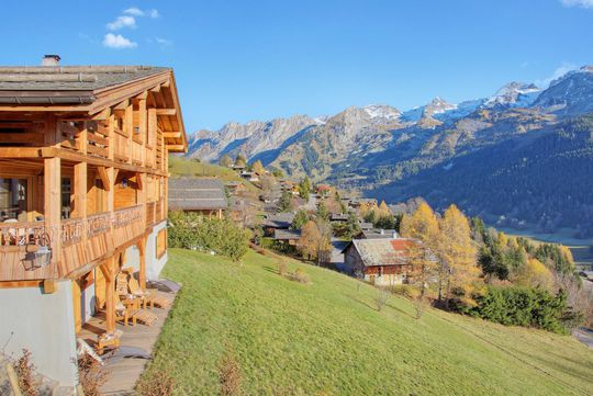 Chalet with panoramic view and terrace