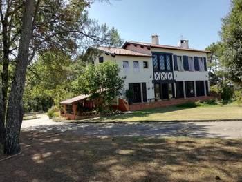 Maison 12 pièces 430 m2