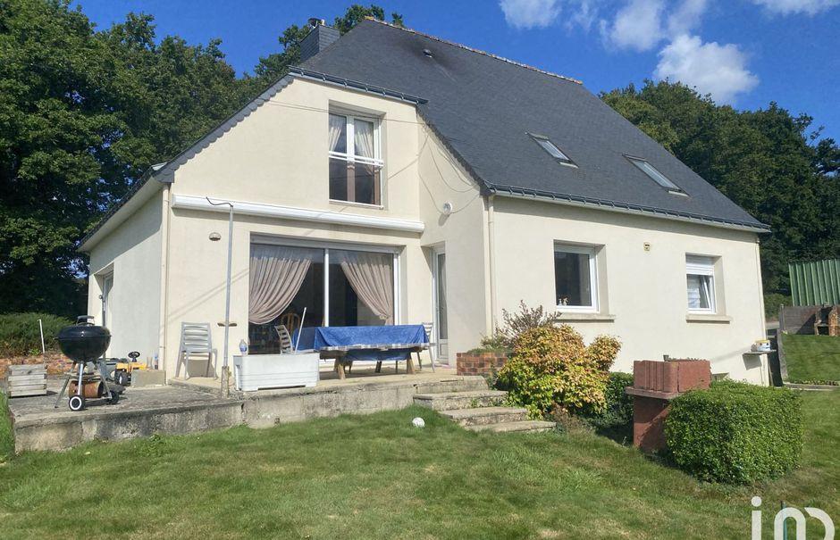 Vente maison 7 pièces 157 m² à Coëtlogon (22210), 228 000 €