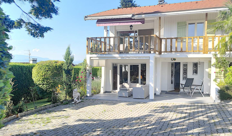 Maison avec piscine et terrasse Massongy