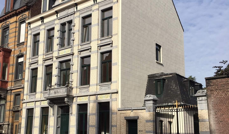 Hôtel particulier avec jardin Tournai