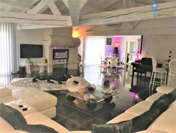 Maison 6 pièces 330 m2