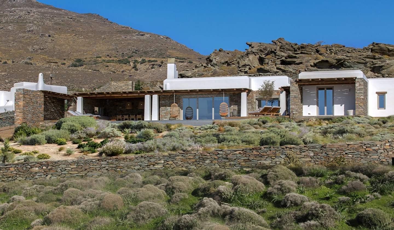 Villa avec piscine en bord de mer Tinos