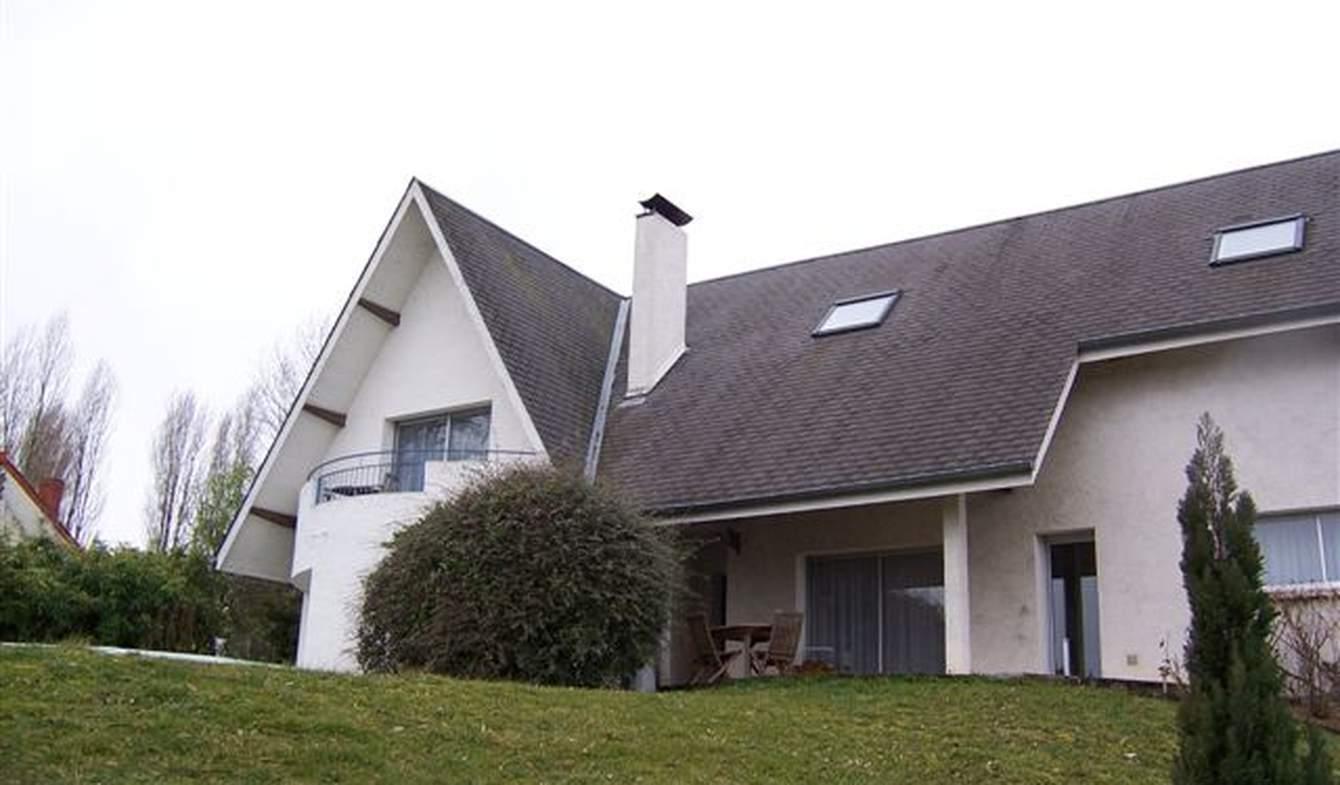 Maison avec piscine et terrasse Nevers