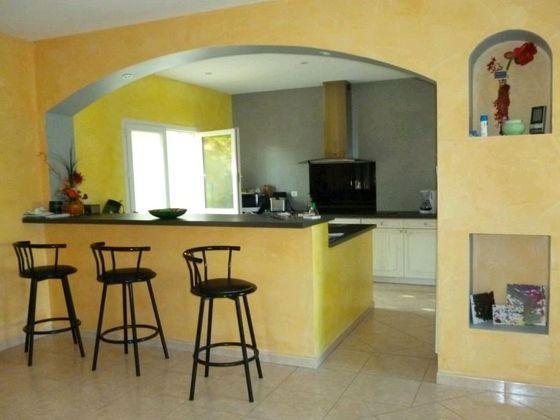 Vente villa 5 pièces 194 m2