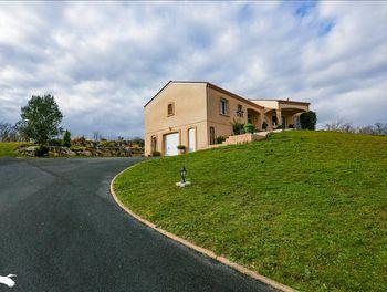 maison à Condéon (16)