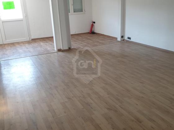 Location divers 3 pièces 73 m2