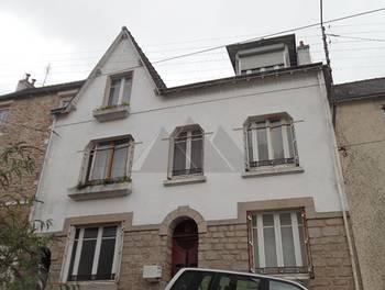 Maison 12 pièces 210 m2