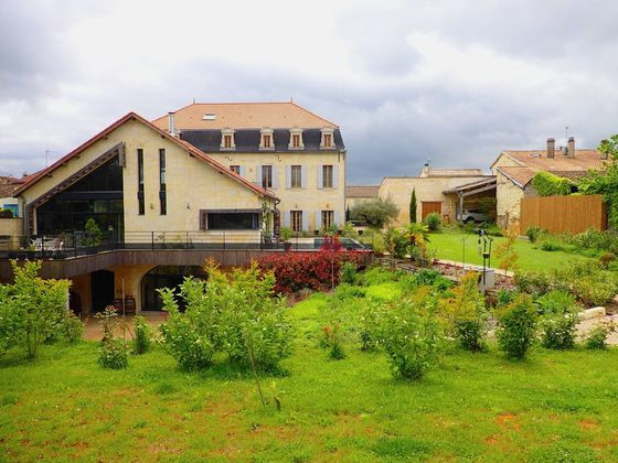 Vente maison 10 pièces 700 m2
