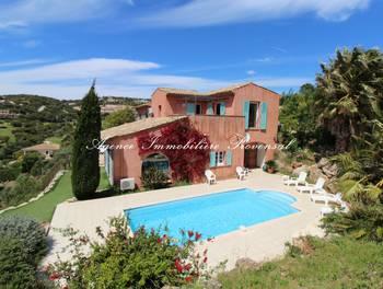 Villa 14 pièces 310 m2