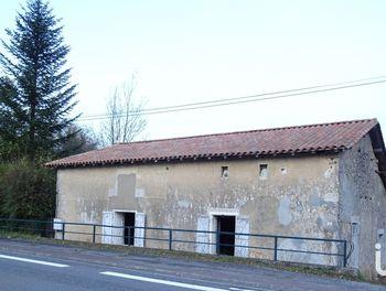 maison à Les Adjots (16)